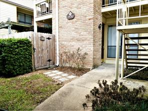 Houston Home at 1881 Bering Drive 31 Houston , TX , 77057-3136 For Sale