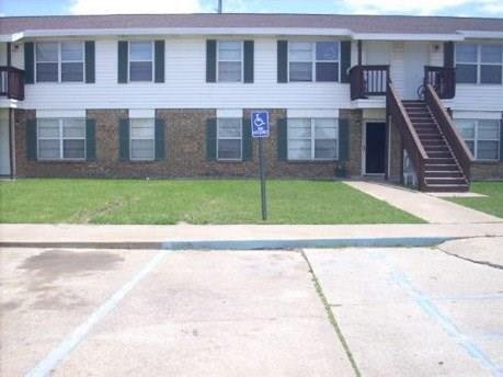 920 W Commerce Street, Fairfield, TX 75840