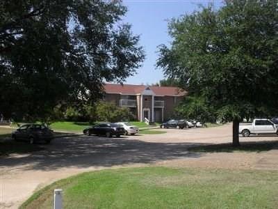 725 W Texas Avenue, Waskom, TX 75692