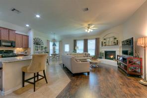 51 Hallmark Drive, Panorama Village, TX 77304