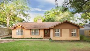 917 s oak street, bellville, TX 77418