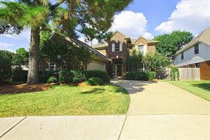 7322 wooded valley drive, houston, TX 77095