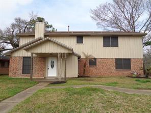 305 ligustrum street, lake jackson, TX 77566