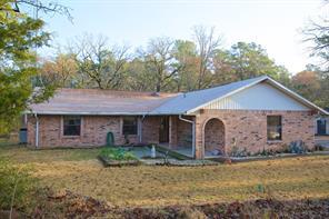 60 Spring Creek Circle, Huntsville TX 77320