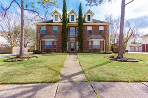 Houston Home at 1404 Piney Woods Drive Friendswood , TX , 77546-5261 For Sale
