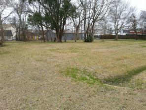 0 e ash street, angleton, TX 77515