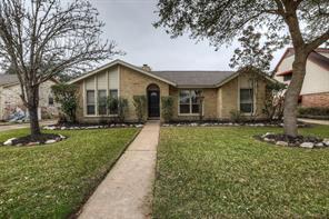 2826 Pepper Wood Drive, Sugar Land, TX 77479