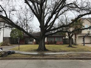 Houston Home at 1010 Pauline Avenue Bellaire                           , TX                           , 77401-5702 For Sale