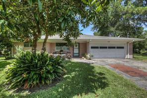 12550 Manor Drive, Pearland, TX 77581