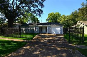 1917 Ridgemore, Houston, TX 77055