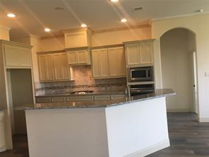 More Images of Kitchen