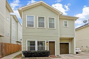 1826 fletcher street, houston, TX 77009