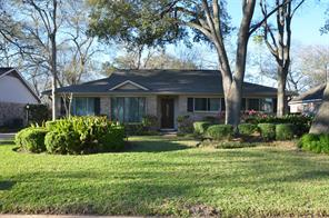 Houston Home at 13722 Lynnwood Lane Sugar Land                           , TX                           , 77498-2333 For Sale
