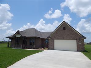 851 bunkhouse trail, angleton, TX 77515