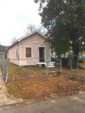 7009 avenue p, houston, TX 77011