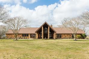 9203 springwood, richwood, TX 77531