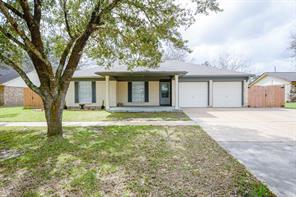 1510 avenue c, danbury, TX 77534