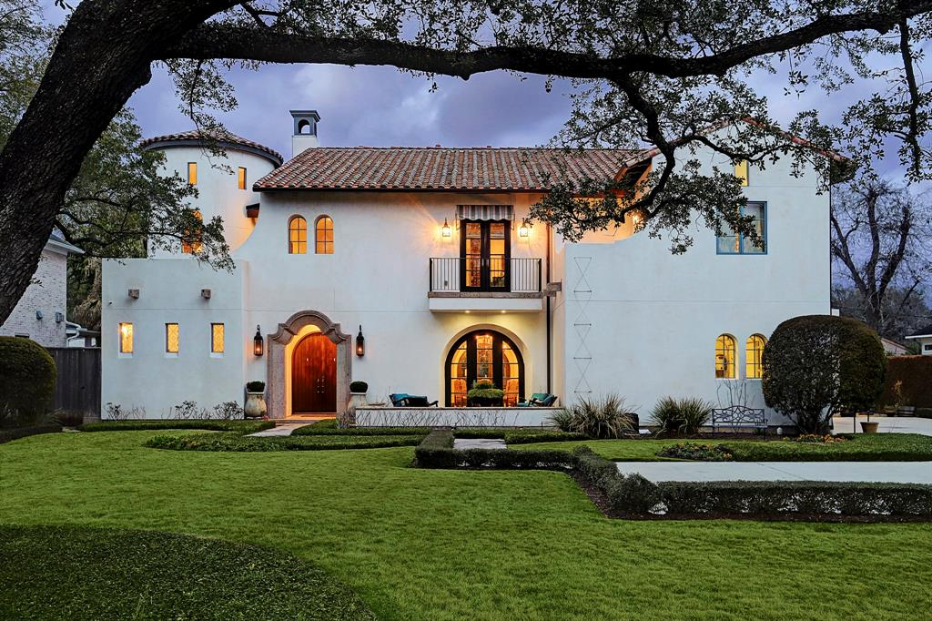 5414 PINE STREET - A MAGNIFICENT, SPACIOUS SANTA BARBARA-STYLE HOME DESIGNED BY RENOWNED ARCHITECTURAL DESIGNER ROBERT DAME.  In classic Robert Dame style, you will notice that the arched doors and windows on the exterior of this fabulous home are echoed throughout the interior.