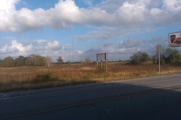 13911 Highway 36, Needville, TX 77461