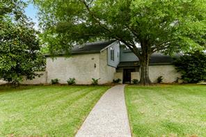 17 wellington drive, sugar land, TX 77478