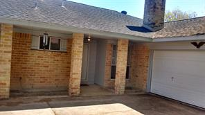 11635 moonmist dr drive, houston, TX 77072