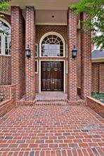 8122 meadow crest street, houston, TX 77071
