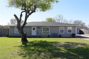 110 Smith Lane, League City, TX 77573