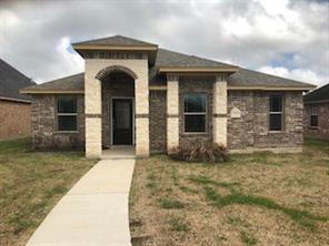 115 silverbell circle, lake jackson, TX 77566
