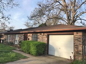 606 s gray avenue, west columbia, TX 77486