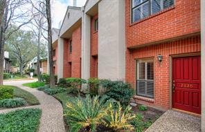Houston Home at 2620 Bering Drive 2620 Houston , TX , 77057-5735 For Sale
