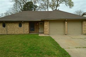 8211 chestnut forest drive, houston, TX 77088