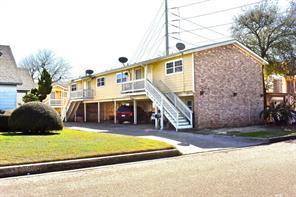 5223 avenue p 1/2, galveston, TX 77551