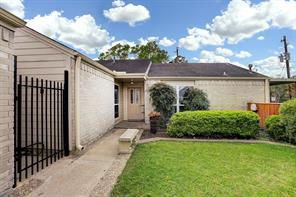 16602 Oxnard Lane, Friendswood, TX 77546