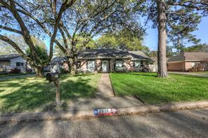 2614 rosefield drive, houston, TX 77080