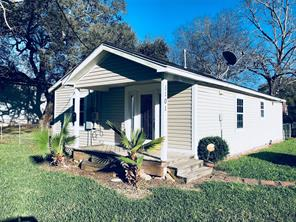 1101 Kyle, Clute TX 77531