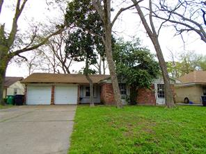 226 Meadowgrove, Houston TX 77037