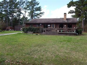 379 Tigerville Rd, Livingston, TX 77351