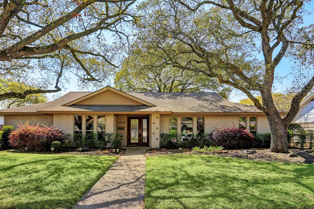 Beautiful Lot And Home That Has Been Remediated In The Heart Of Meyerland
