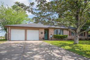 Houston Home at 605 Huntington Lane Friendswood , TX , 77546-3523 For Sale