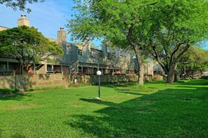 1661 Prairie Grove, Houston TX 77077