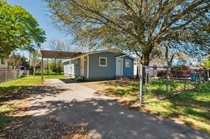 424 west street, rosenberg, TX 77471