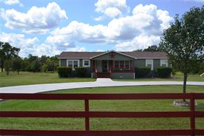 59 Cedar Hill Drive, Huntsville, TX 77320