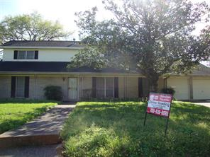 8833 Plantation Drive, Texas City, TX 77591