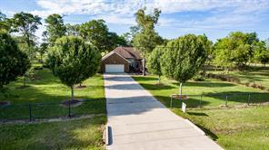 9402 Mccollum Park Road, Beach City, TX 77523