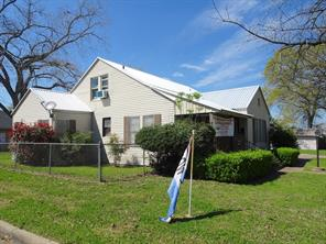 508 texas street, brenham, TX 77833