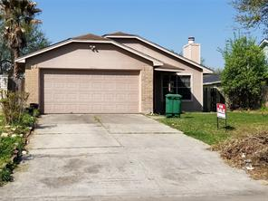 3302 Overcross, Houston TX 77045