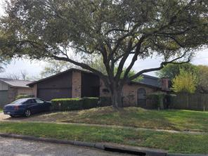 5411 hickory forest drive, houston, TX 77088