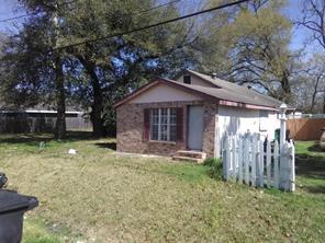 5920 Bacher, Houston TX 77028