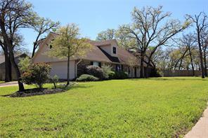 1610 Emerald, College Station TX 77845