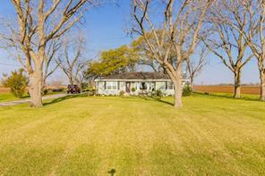 1423 county road 107, wharton, TX 77488